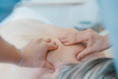 Masaż leczniczy: rodzaje i działanie